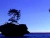 island-rock-on-superior